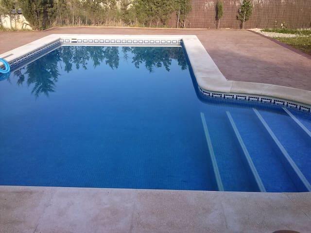Chalet con piscina privada - Chiclana de la Frontera - House