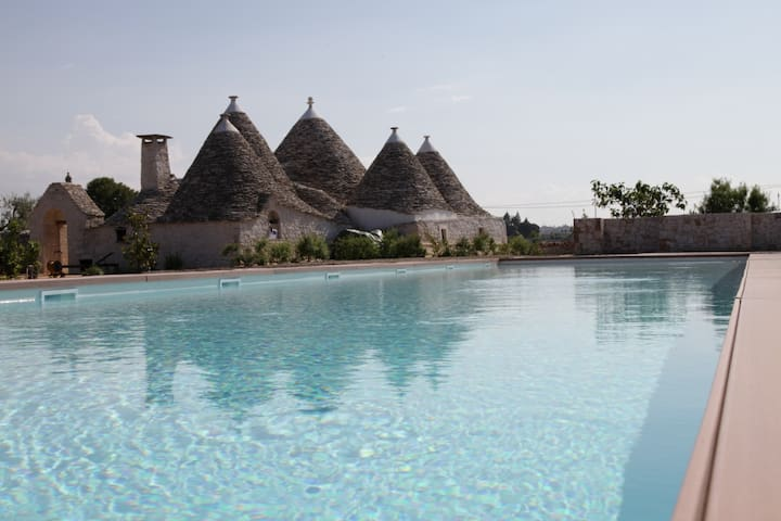 Trulli Paparale Resort con Piscina - Ulivo - Alberobello - House