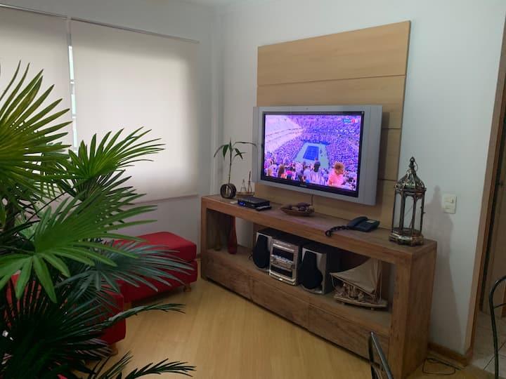 Apartamento aconchegante e pratico a beira-mar