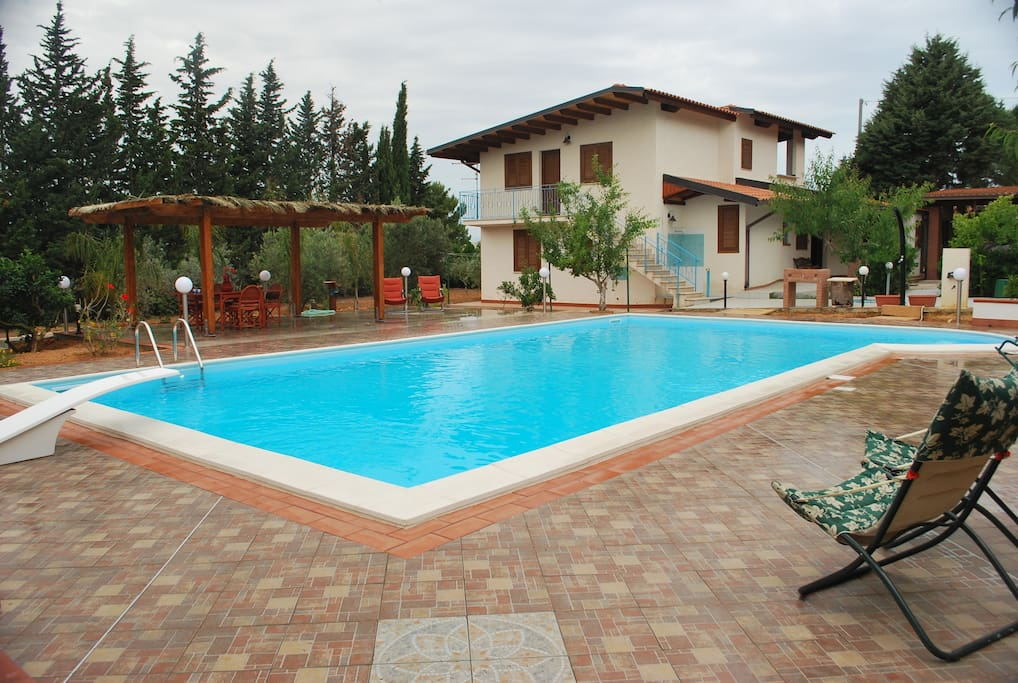 POOL m.12 x 6 SALT WATER, NO CHLORINE, safe, easy for children and enjoyable for adults. Private use for guests.
