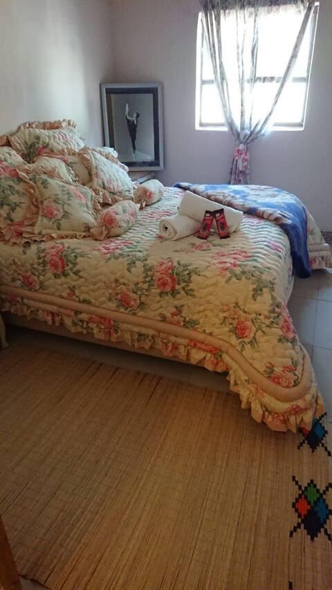 Cozy Traditional Zululand Accommodation - Bethel