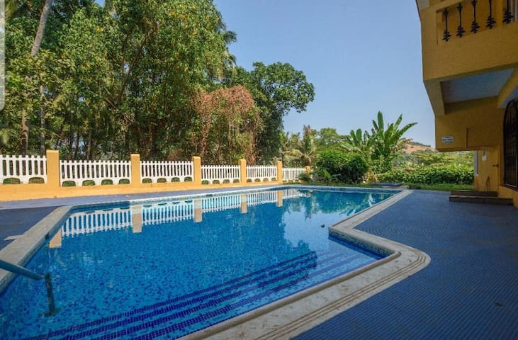 Staycation | 1BHK 900 m from beach by HindustanBnB