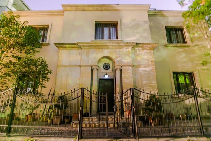 VIP flat-Center of Baku (Villa)