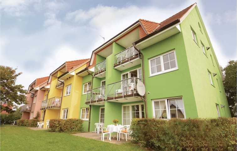 Holiday apartment with 2 bedrooms on 60m² in Neuschönberg