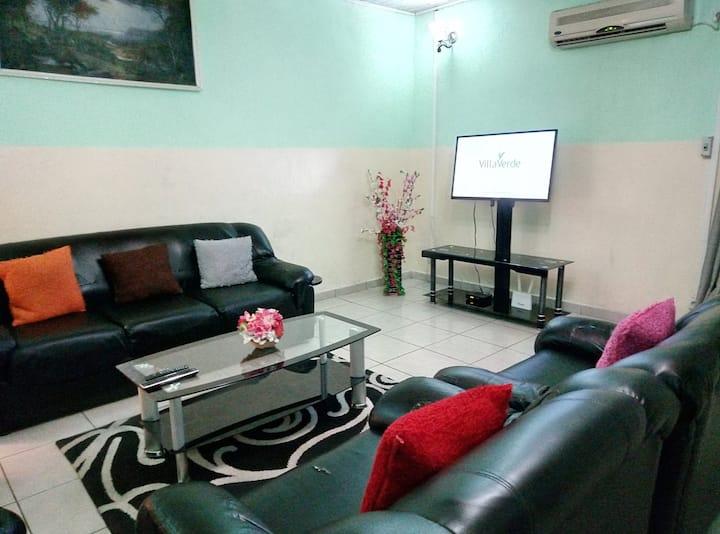 Douala Bonapriso Appart meublé 2 chbres 27.500FCFA