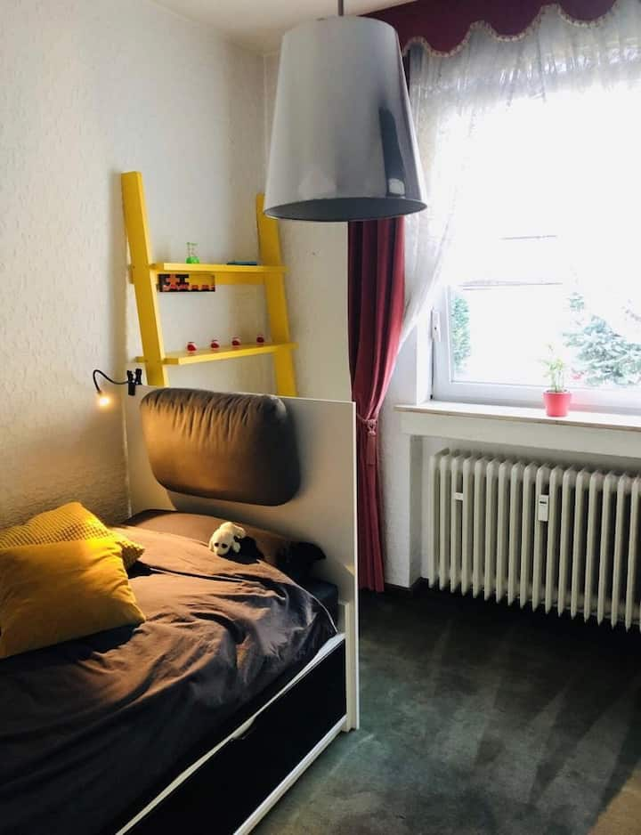 Tiny room / kleines Zimmer
