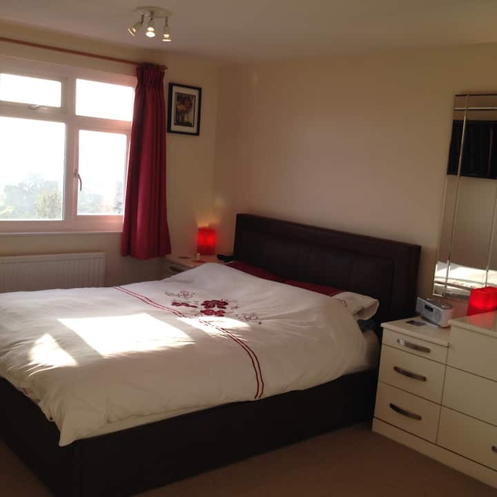 Double room with private en-suite.