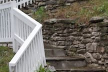 Short staircase to house