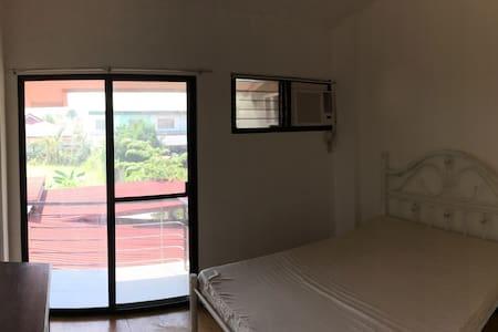 Charming room, simple & elegant - Butuan City - อพาร์ทเมนท์