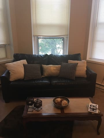 Cozy home located in Clifton- near UC & more