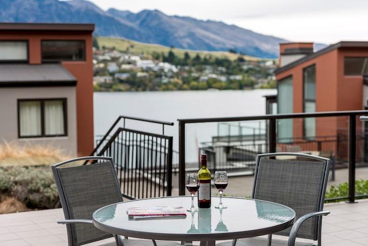 2 Bed Apt Courtyard View - Lakeside Resort