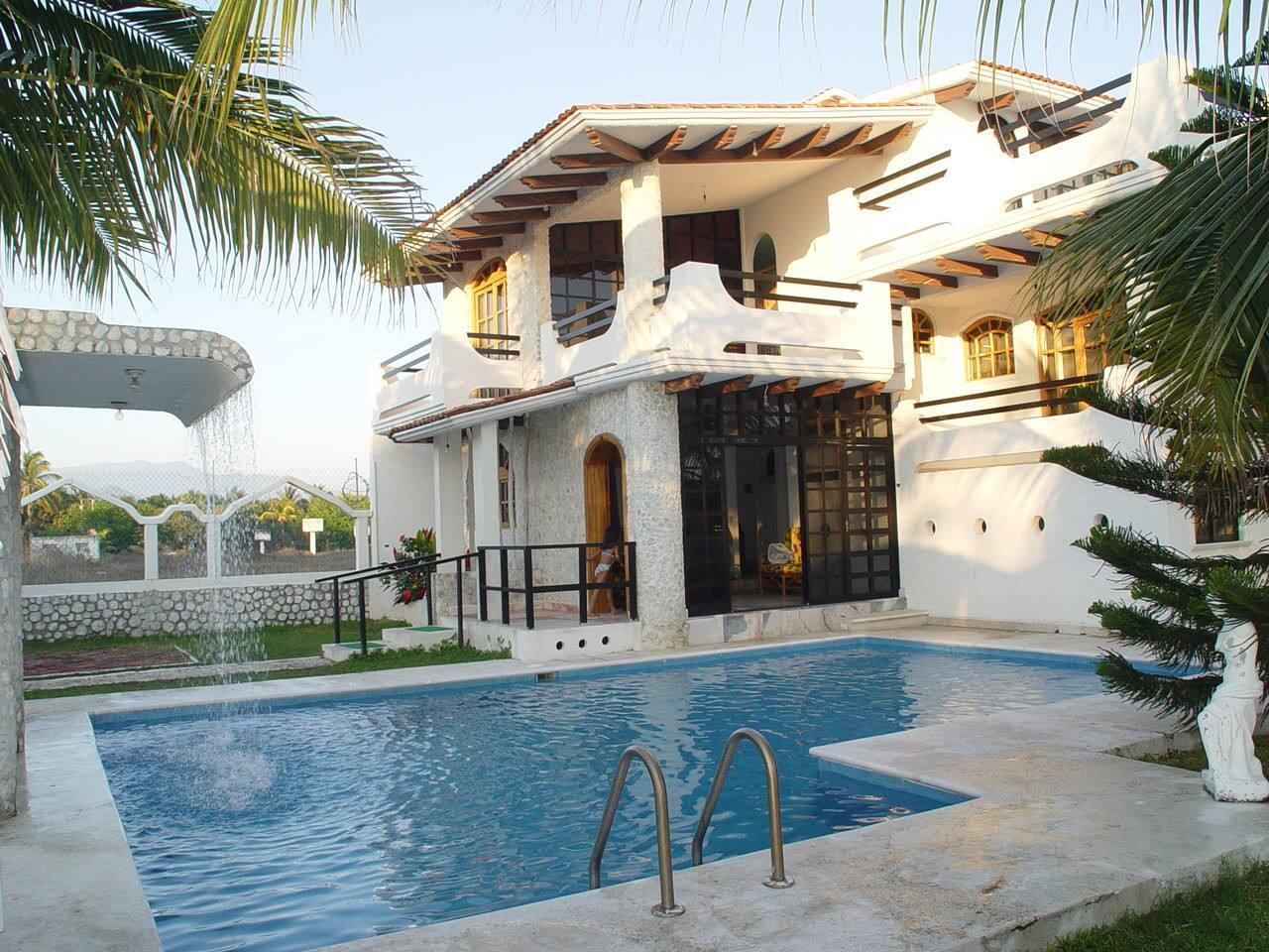 Casa con Alberca House & swimming pool