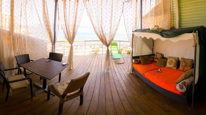 Re-Ka VIP Townhouse by the Sea