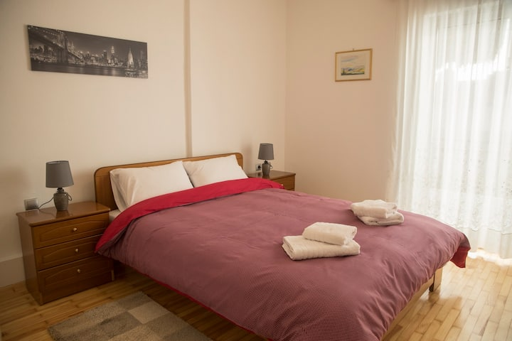 Spiri's House-Deluxe Apartment in Kalabaka-Meteora