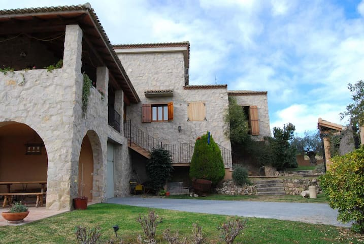 House with pool in Nature Reserve - Paterna - Talo