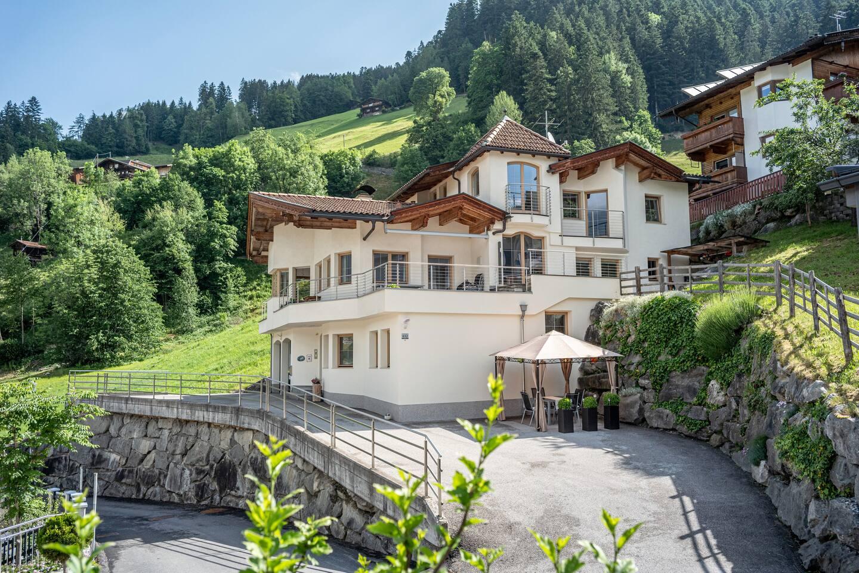 """Haus Thanner """"Ferienwohnung Zillertal"""""""