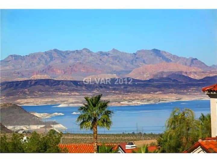 2 BD/1.5 BA at Lake Mead & Hoover Dam (30+ days)
