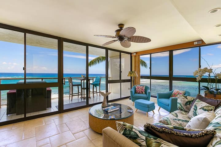 Kuhio Shores 319: Oceanfront in Poipu with A/C!