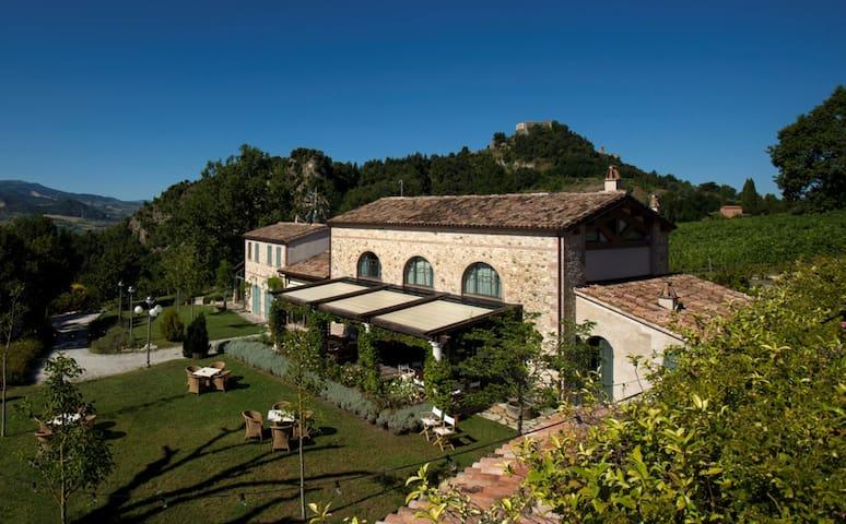 Tenuta Saiano - Agriturismo in Valmarecchia