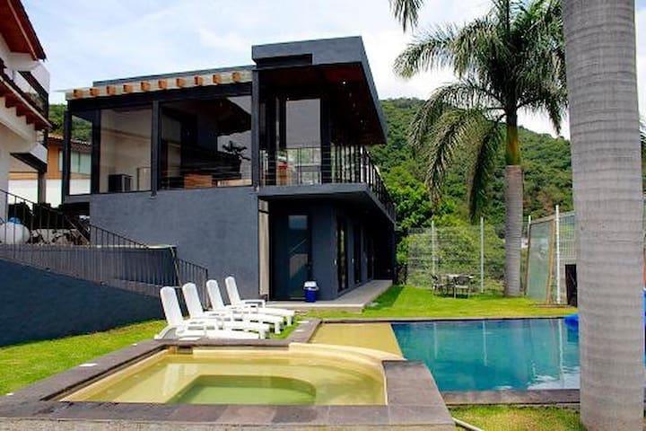 Preciosa casa con vista inmejorable