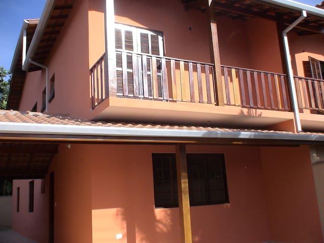 Aconchegante casa em São Sebastião