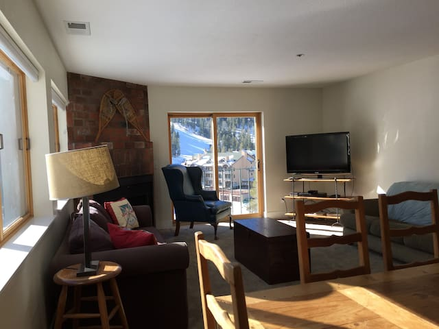 Kirkwood Ski-in, Ski-out Condo