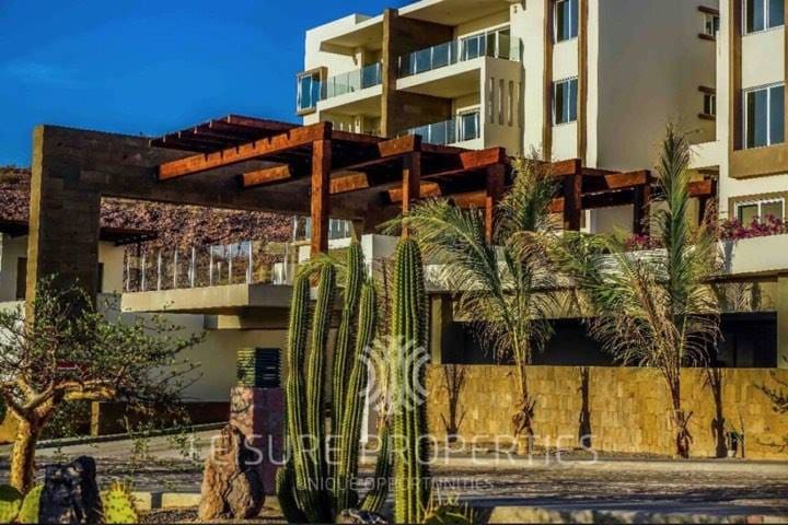 Luxury Condo with Panoramic Views to Sea of Cortés