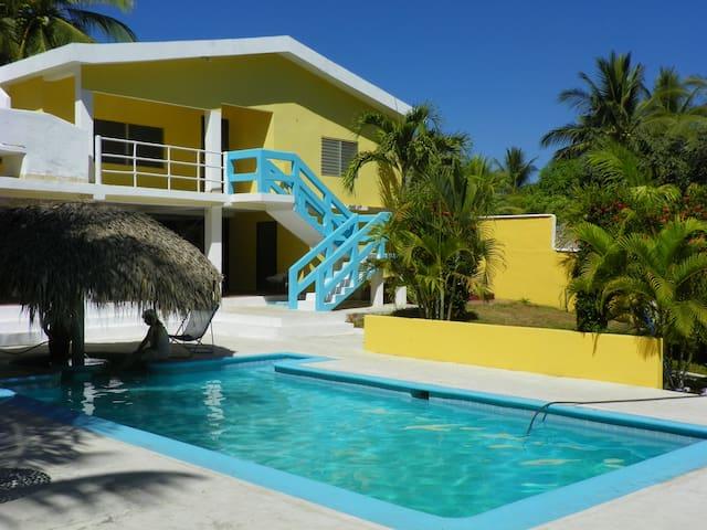 Casa Paradise, New Waikiki Island