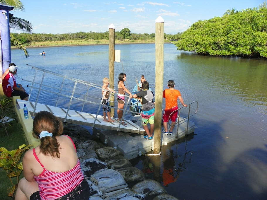 Even at low tide, our floating dock makes access easy. Wheelchair accessible too !