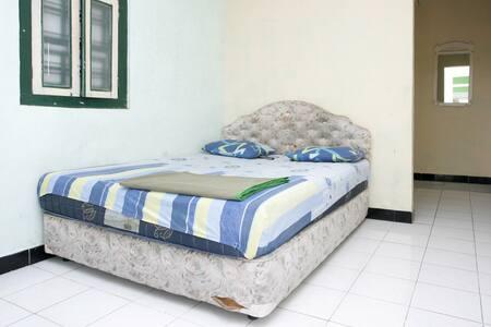 Hanna room 1 - Wates