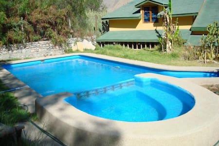 Hermosa casa con piscina y quincho - Vicuña / Diaguitas / Alto Diaguitas