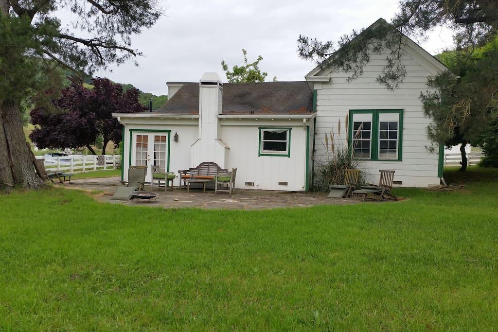 Charming Farm House 페탈루마의 단독주택에서 살아보기 캘리포니아 미국