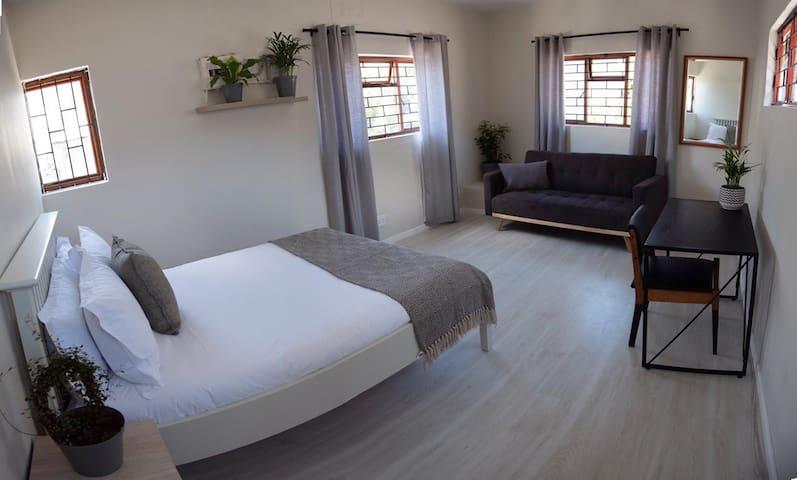 Modern Double Room in Trendy Salt River