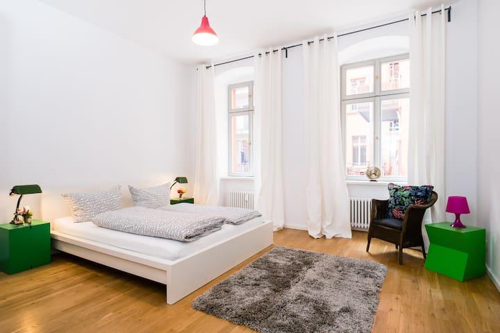 *Berlin Design Pad Almette