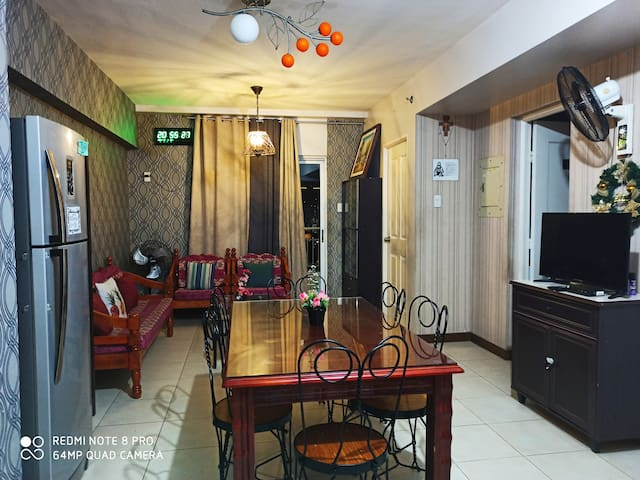 LaVertiCondo nearMOA/Manila 1or2BR w/terrace 60sqm