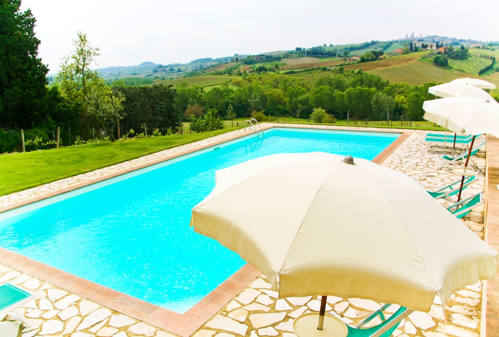 pool with a view on San Gimignano