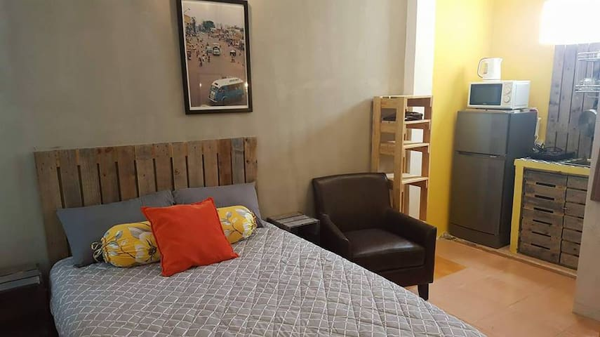 COOL#SERVICED APARTMENT IN HCMC CENTRAL