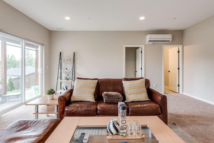 Luxury private suite/floor in convenient location