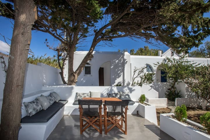 Unforgettable Tinos beach  house II