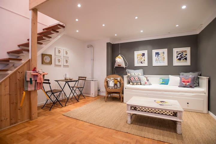 PINDIS Amazing Boutique Home w/ Designer Interior