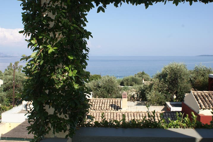 Corfu Greece maisonette by the beach - Korfu - Hus