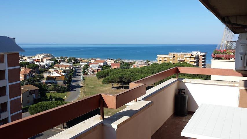 Appartamento vista mare - Lido di Tarquinia - Leilighet