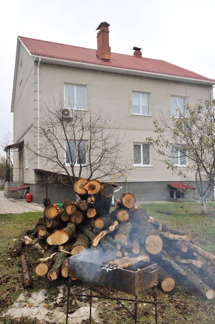 Beautiful Villa just 25km from Kiev