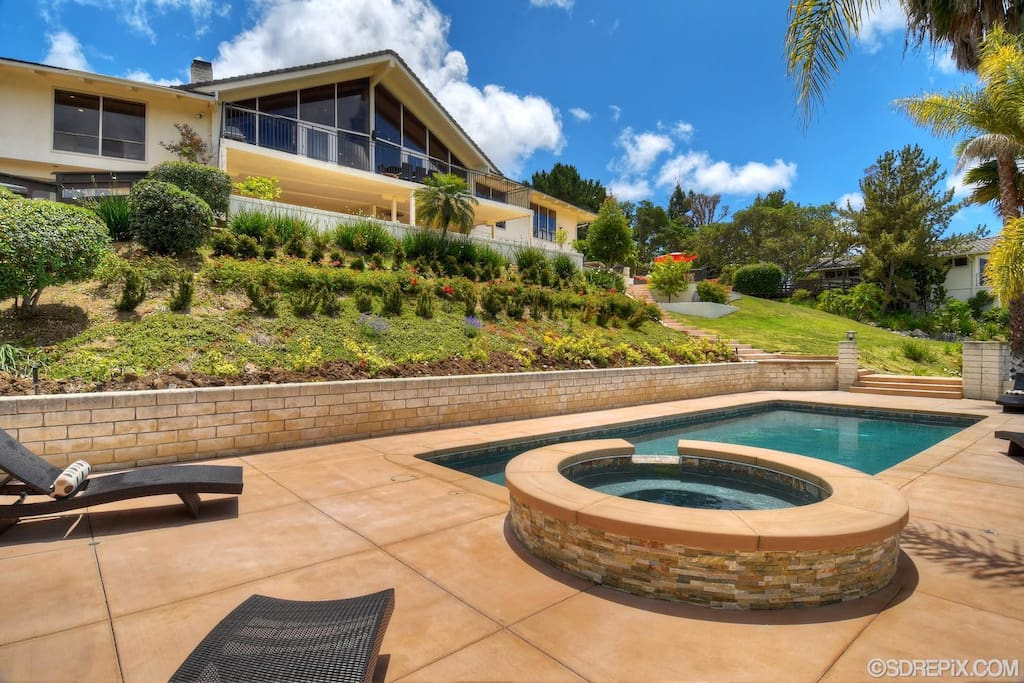 Picture from Pool Area to back of the house, the pool area has been remodeled, pics coming soon!