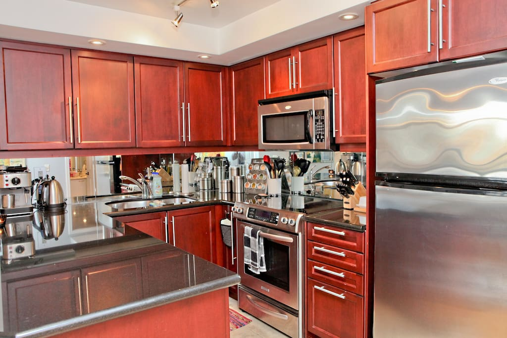 Bright condo with a great city view