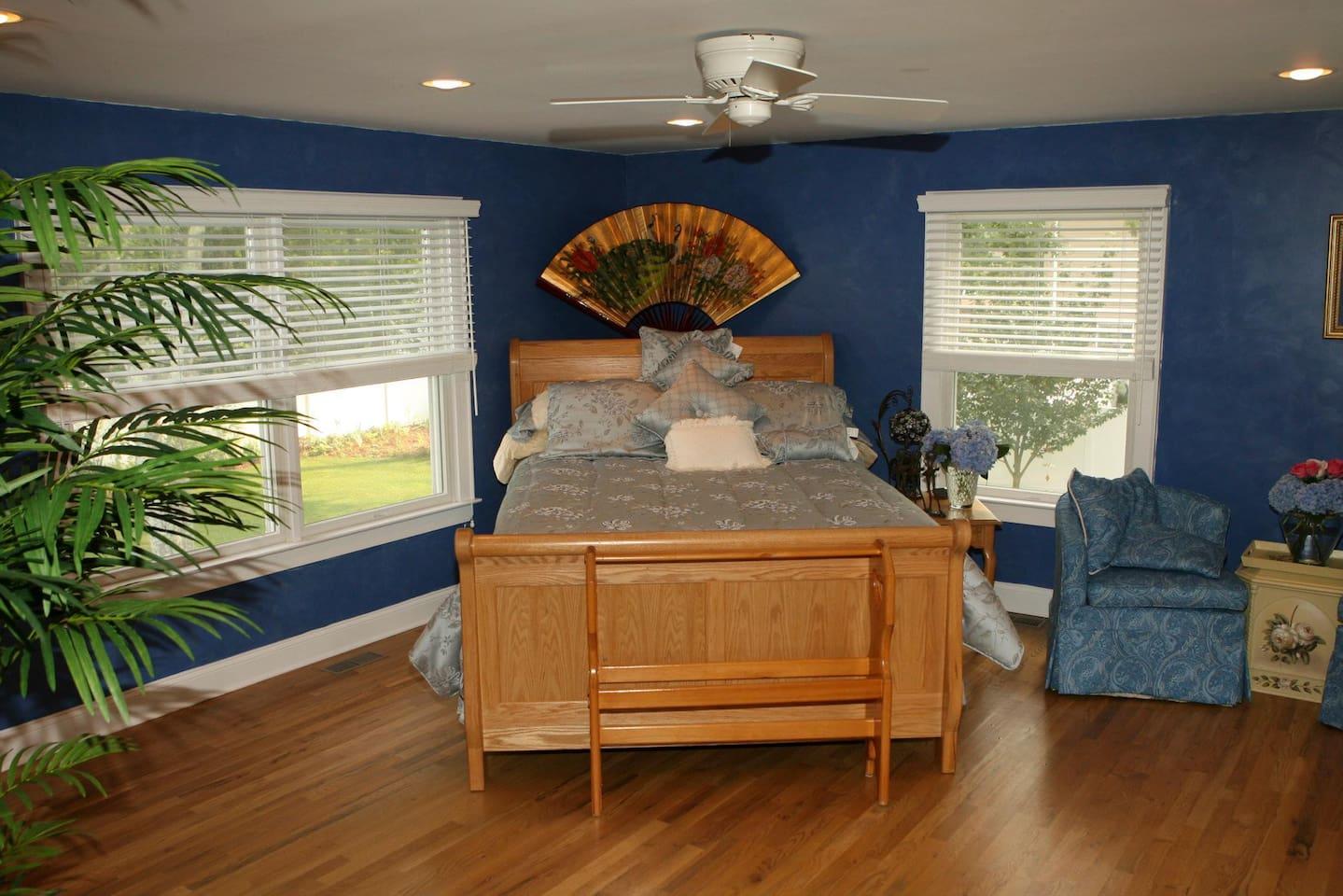 Transition suite  $400-$350 depending on season.