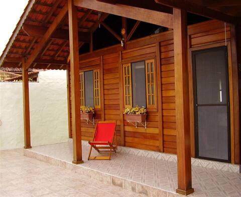 Ilha Comprida-Casa Madeira-Conforto Familiar