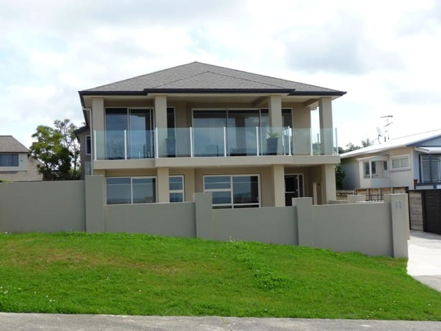 Stanmore Bay Beach House