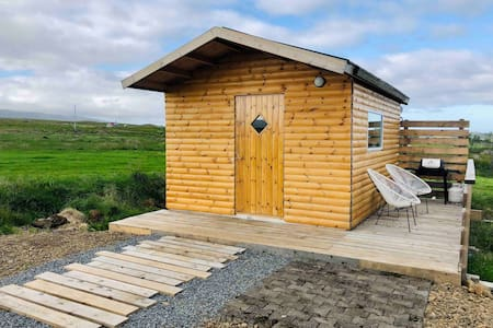 Óbót — riverside cabin