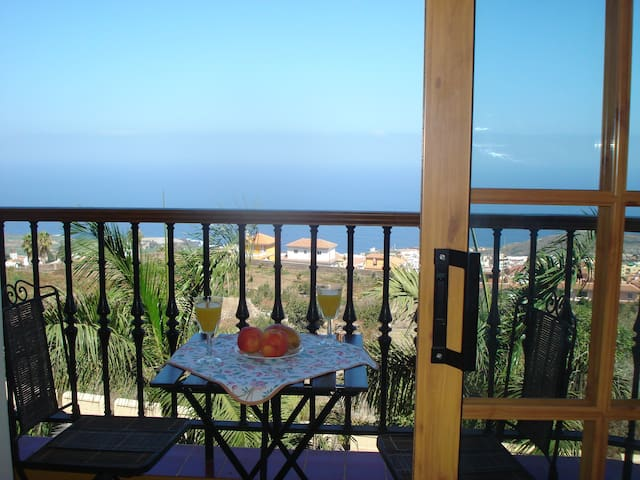 Sea view apartment with balcony - Icod de los Vinos - Flat